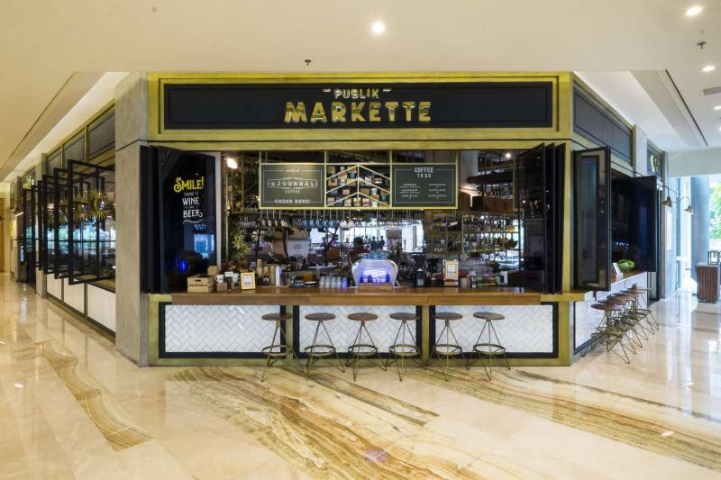 Foto inspirasi ide desain restoran Public markette front view oleh Bitte Design Studio di Arsitag