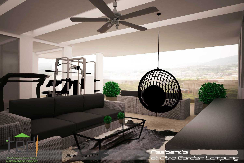 Foto inspirasi ide desain gym modern Balcony-v1-1 oleh Pd Teguh Desain Indonesia di Arsitag