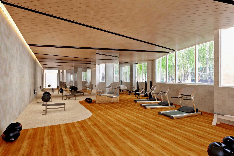 Foto inspirasi ide desain gym Gym-areaholiday-inn-hotel- oleh Rinto Katili di Arsitag