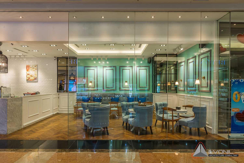 Foto inspirasi ide desain restoran asian Seating area oleh Evonil Architecture di Arsitag